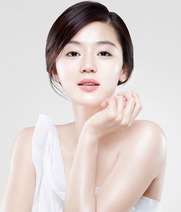Cách chăm sóc da mặt sau khi sinh khỏe mạnh, tươi trẻ từ bên trong