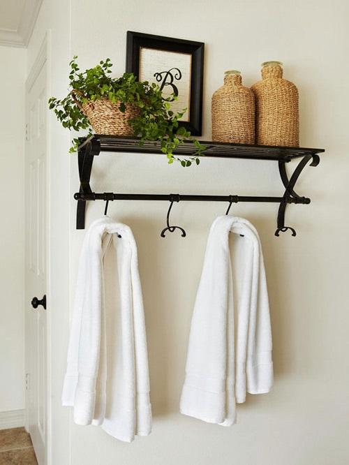 Mẹo tránh khô da của người Hàn Quốc với mang khăn tắm để trong phòng ngủ