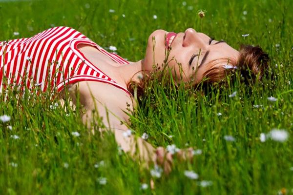 Thư giãn để da bớt căng thẳng, chăm sóc da đẹp hàng ngày