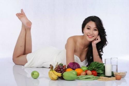 Ăn uống nhiều rau củ quả để chăm sóc da mặt tốt hơn