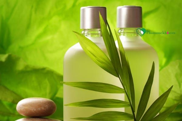 Dầu gội thảo dược chữa rụng tóc sau sinh
