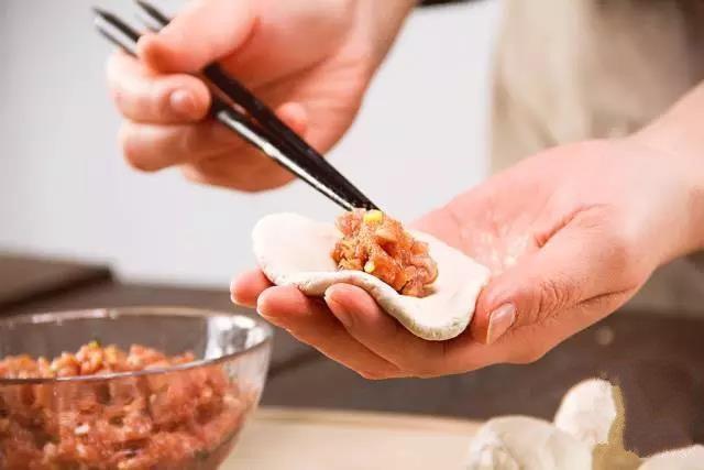 Cách làm bánh rán nhân thịt kiểu mới ăn một lần là mê - Ảnh 3