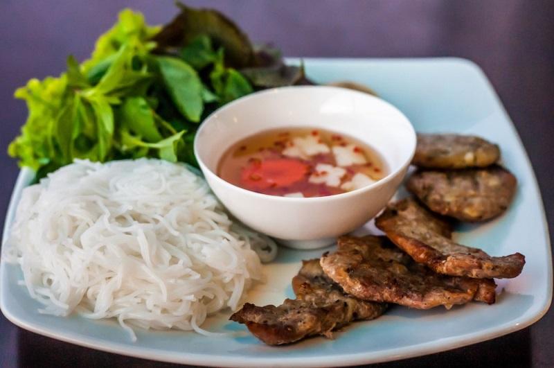Cách làm bún chả Hà Nội ngon đúng điệu cực đơn giản, ăn là ghiền - Ảnh 1
