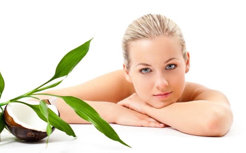 Cách làm đẹp da mặt bằng dầu dừa – Bí quyết nhỏ để gìn giữ làn da đẹp
