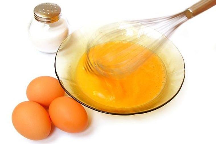 Cách làm đẹp sau sinh bằng nghệ và trứng gà vô cùng hiệu quả.