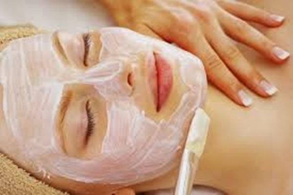 Mách nhỏ mẹo làm mặt nạ trị mụn, dưỡng ẩm cho mọi loại da