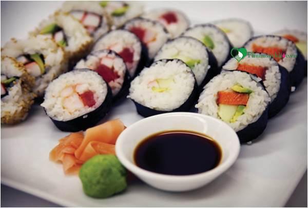 Cách làm món sushi hương vị Nhật Bản đơn giản ngay tại nhà - Ảnh 5