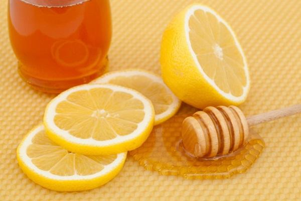 Cách làm sạch lông nách hiệu quả với mật ong và chanh