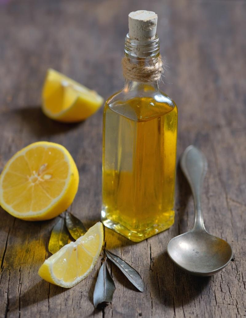 Cách làm trắng da bằng dầu ô liu và chanh