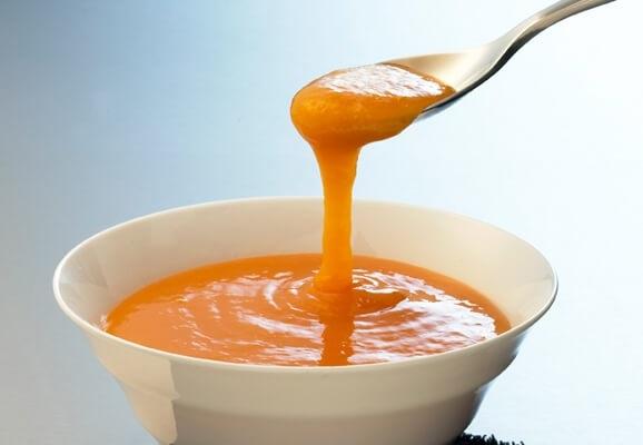 Cách làm trắng da mặt trong 1 tuần với đu đủ và nước cam ép