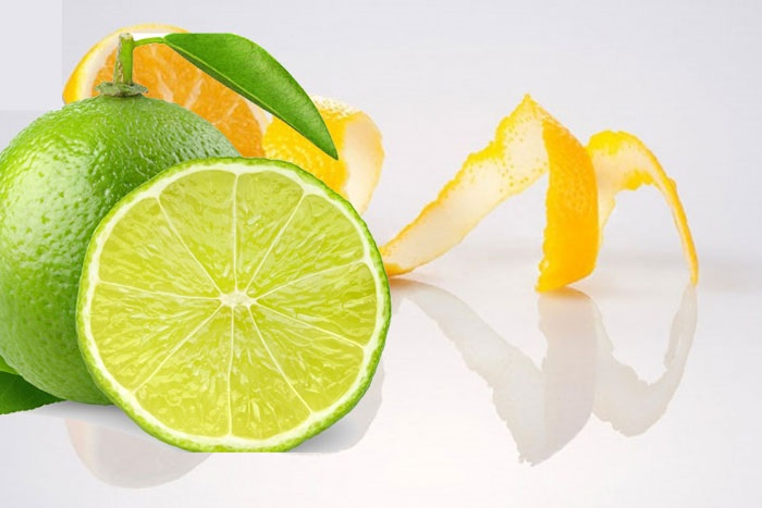 Cách làm trắng răng đơn giản bằng nước cốt chanh và cam