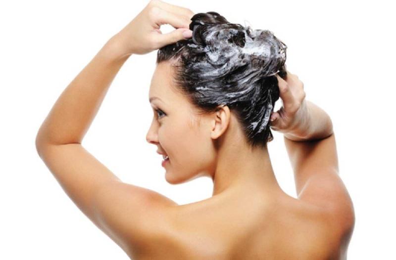Cách phục hồi tóc hư tổn nặng bằng baking soda hiệu quả cho nhiều người.