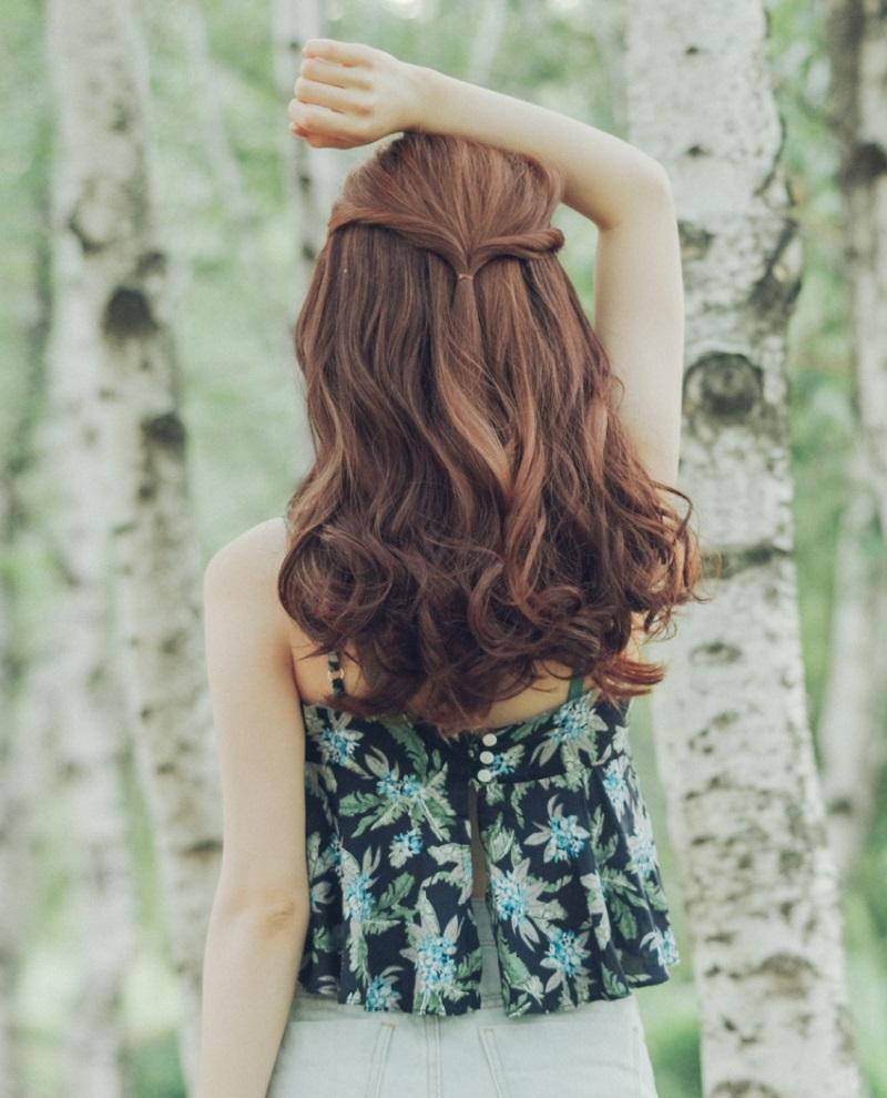 Không cần chạy theo mốt tóc ngắn, 6 kiểu tóc dài này vẫn giúp bạn gái cá tính, xinh đẹp 'hết phần thiên hạ' - Ảnh 1