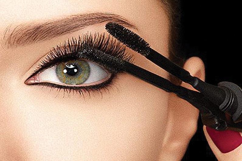 Chuốt mascara cho đôi mắt to tròn như búp bê