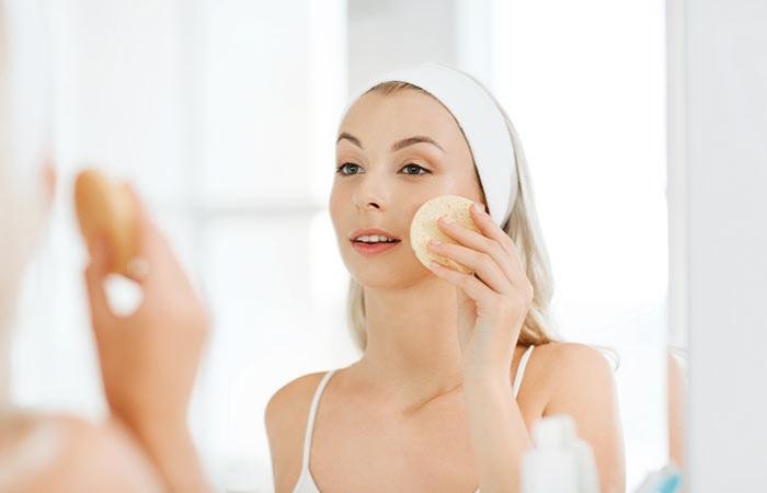 Làm sạch mặt là bước không thể thiếu khi muốn trang điểm tự nhiên nhất