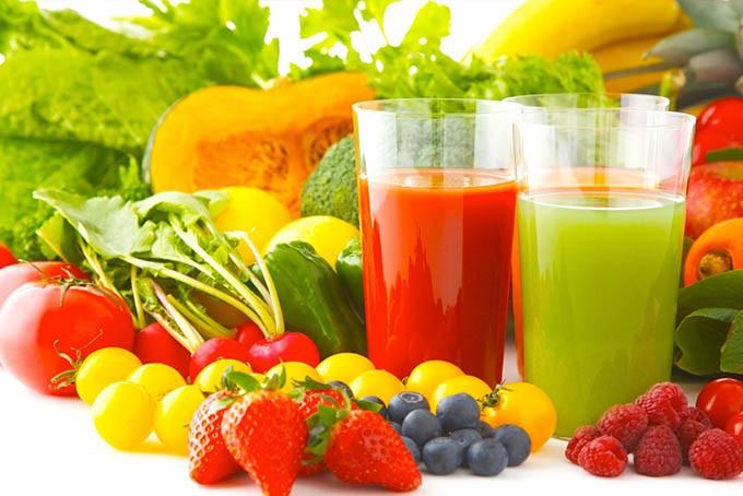 Chế độ ăn uống giàu vitamin giúp điều trị mụn thâm đỏ tốt hơn