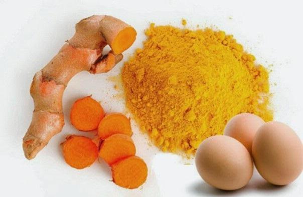 Cách triệt lông nách dân gian nhanh chóng với nghệ và trứng gà