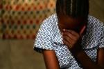 Chấn động bố đẻ cùng con trai của nhân tình thay nhau hãm hiếp bé gái 12 tuổi