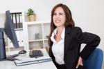 Những tư thế ngồi phổ biến gây hại sức khỏe: Dừng ngay!