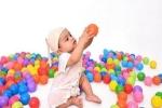 Đồ chơi giúp phát triển trí thông minh của trẻ