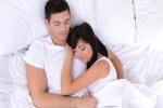 Tư thế ngủ tiết lộ mức độ yêu của hai vợ chồng