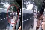 Va chạm giao thông ở Sa Pa, 5 thanh niên người Việt đánh 1 du khách ngoại quốc