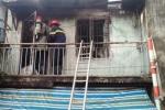 Bà bồng cháu 2 tuổi tháo chạy khỏi căn nhà rực lửa ở SG