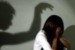 Rúng động: Bé gái 11 tuổi uống thuốc trừ sâu tự tử vì bị hàng xóm liên tục cưỡng hiếp, có khả năng đang mang thai
