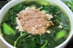 Bữa cơm chiều đề huề với 2 món mặn 2 món rau đưa cơm cho cả nhà