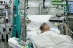 Tai nạn đau lòng: Bé trai 4 tuổi <a target='_blank' data-cke-saved-href='http://www.phunusuckhoe.vn/tag/suyt-chet' href='http://www.phunusuckhoe.vn/tag/suyt-chet'>suýt chết</a> vì mẹ truyền nhầm bình dung dịch chứa nước giặt