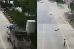 Gia đình 6 người đi bộ trên đường bị xe điên tông chết 5: Nhói lòng cảnh đứa trẻ ngơ ngác tìm bố mẹ