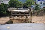 Sập cầu Thia: Thi thể cô giáo mầm non trôi về Phú Thọ