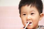 Cột mốc tuổi chính xác nhất mẹ nên cho con ăn sữa chua, váng sữa và phô mai