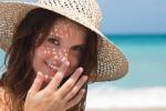 """Áp dụng cách chăm sóc da nhờn mụn vào mùa hè – Tuyệt chiêu giúp bạn có làn da đẹp rạng ngời, bất chấp sự """"độc hại"""" từ nắng gắt"""
