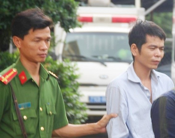 Cái kết của gã đàn ông 9 lần hãm hiếp rồi dọa giết bé gái 12 tuổi - Ảnh 1