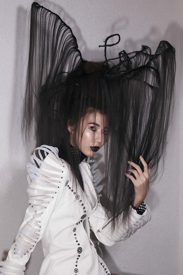 Từng bị ví như bộ xương di động, Cao Ngân vẫn khiến nhiều người 'ngã gục' với những kiểu tóc 'chất hơn nước cất' này - Ảnh 2