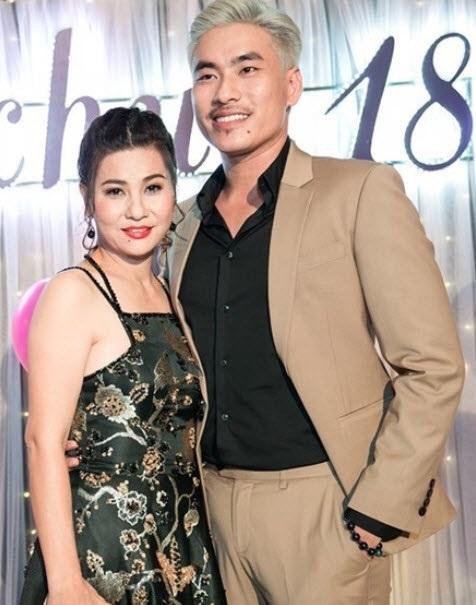Kết hôn với Kiều Minh Tuấn, Cát Phượng vẫn tuyên bố thấy cô gái nào tốt cũng muốn làm mai cho chồng - Ảnh 1