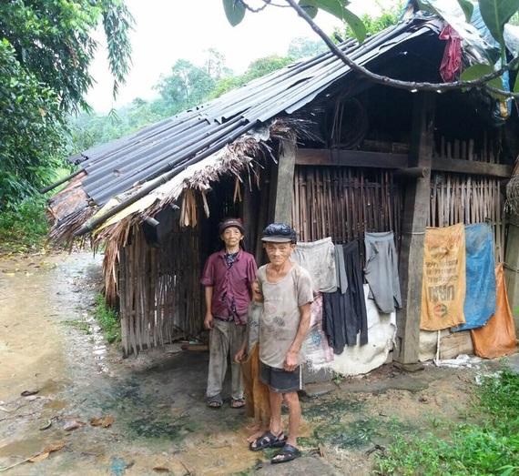Hoàn cảnh xót xa: Mẹ bị lừa bán sang Trung Quốc, bố biệt tích 6 năm, con 'mồ côi' sống với ông bà nghèo mỗi ngày ăn hột mít thay cơm - Ảnh 3