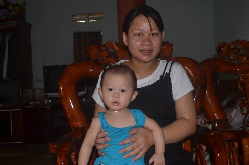Cậu bé phải mổ cấp cứu vì mẹ ung thư giờ ra sao?