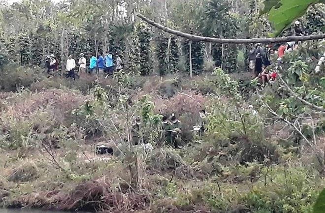 Phát hiện bông tai nạn nhân bị chặt xác tại nhà nghi can - Ảnh 2