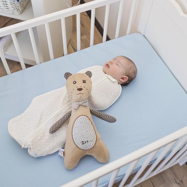 7 biện pháp kỳ lạ nhưng hiệu quả không ngờ để ru bé ngủ - Ảnh 1