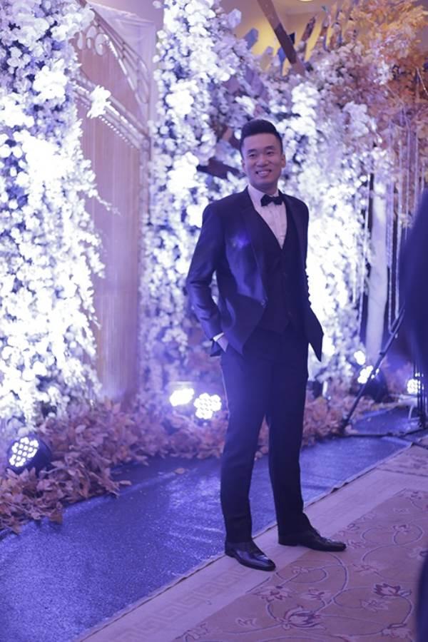 Lộ chân dung chồng mới cưới của nữ cơ trưởng Vietnam Airlines, 'phong độ' không kém Trương Thế Vinh - Ảnh 3