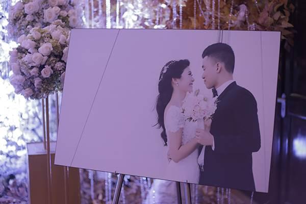 Lộ chân dung chồng mới cưới của nữ cơ trưởng Vietnam Airlines, 'phong độ' không kém Trương Thế Vinh - Ảnh 4