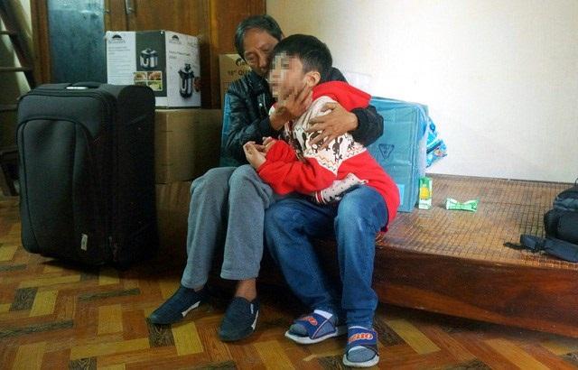 Bé trai 10 tuổi bị bạo hành gãy xương sườn, rạn sọ não chưa từng nhận một lời xin lỗi từ cha, mẹ kế - Ảnh 5