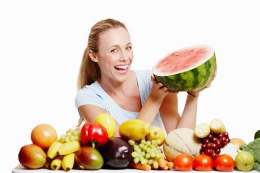 Chế độ ăn giảm cân nhanh ngày 1 là ăn nhiều hoa quả