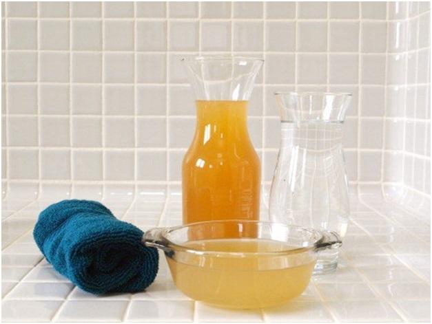 Cách làm nước xịt khoáng dưỡng da từ giấm táo tại nhà
