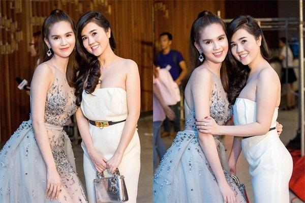 <a target='_blank' href='https://www.phunuvagiadinh.vn/ngoc-trinh.topic'>Ngọc Trinh</a> quyến rũ là thế, nhìn sang chị gái còn choáng hơn