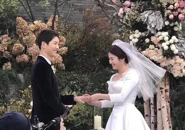 Những con số khủng khiếp trong hôn lễ Song Joong Ki - Song Hye Kyo