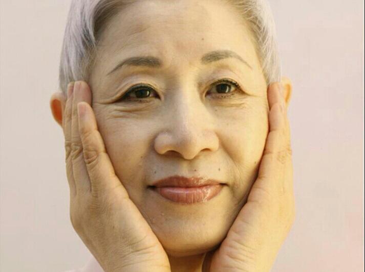 Chỉ với chai lotion bình dân nhưng tác dụng tốt hơn cả serum đắt tiền nhờ tuyệt chiêu của người Nhật  - Ảnh 2