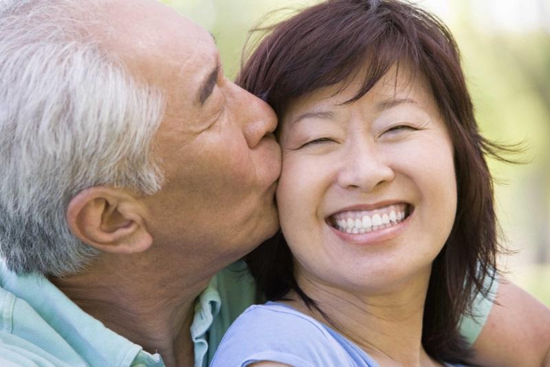 Bí quyết trong chuyện chăn gối của phụ nữ độc thân ở tuổi trung niên - Ảnh 3